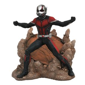 [Ant-Man & The Wasp: Marvel Gallery Statue: Ant-Man (Product Image)]