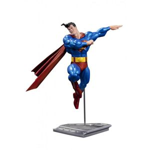 [Superman: Statue: Metallic Superman By Frank Miller (Product Image)]