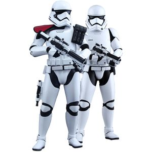 [Star Wars: The Force Awakens: Hot Toys Deluxe Action Figures: First Order Stormtrooper Officer & Stormtrooper Set (Product Image)]