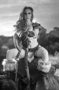 [Red Sonja: Black White Red #1 (Cover P Cosplay Black & White Virgin Variant) (Product Image)]