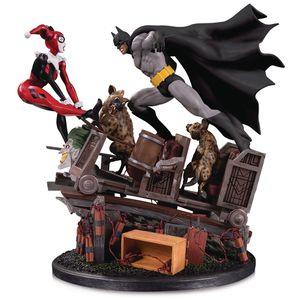 [DC: Statue: Batman Vs Harley Quinn Battle (Second Edition) (Product Image)]