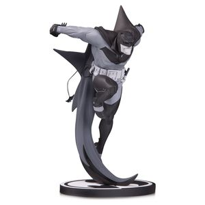 [Batman: Black & White Statue: White Knight By Sean Murphy (Product Image)]