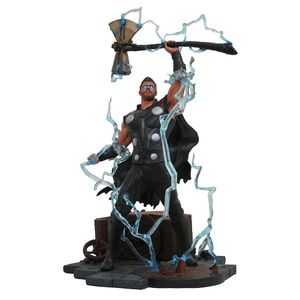 [Avengers: Infinity War: Marvel Gallery Statue: Thor (Product Image)]