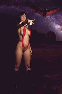[Vengeance Of Vampirella #3 (20 Copy Cosplay Virgin Variant) (Product Image)]
