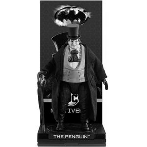 [Batman Returns: Deluxe Action Figure: The Penguin (Product Image)]