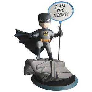 [DC: Q-Pop Vinyl Figure: Batman (Product Image)]