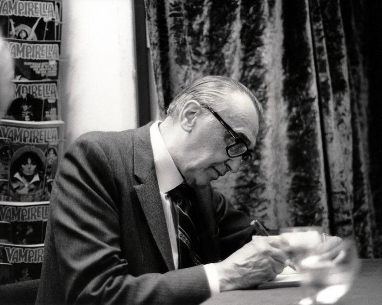 A E Van Vogt Signing