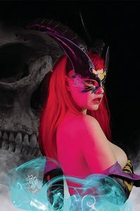 [Tarot: Witch Of The Black Rose #127 (Cosplay Photo Cover Edition) (Product Image)]