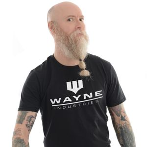 [Batman: T-Shirt: Wayne Industries (Product Image)]
