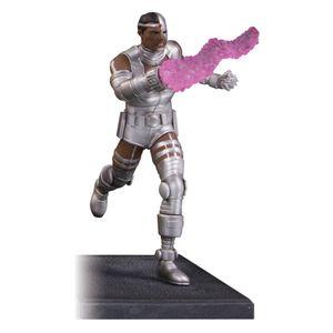[Teen Titans: Multi Part Statue: Cyborg (Product Image)]