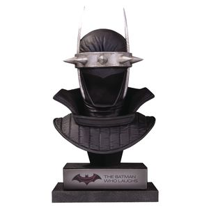 [DC: Gallery Bust: Batman Who Laughs (Product Image)]