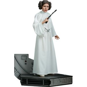 [Star Wars: Premium Format Figure: Princess Leia (Product Image)]