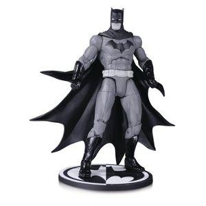 [DC: Action Figure: Black & White Batman By Greg Capullo (Product Image)]