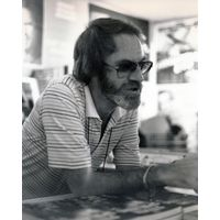 [Tony Crawley signing The Steven Spielberg Story (Product Image)]