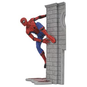 [Spider-Man Homecoming: Marvel Gallery Figure: Spider-Man (Product Image)]