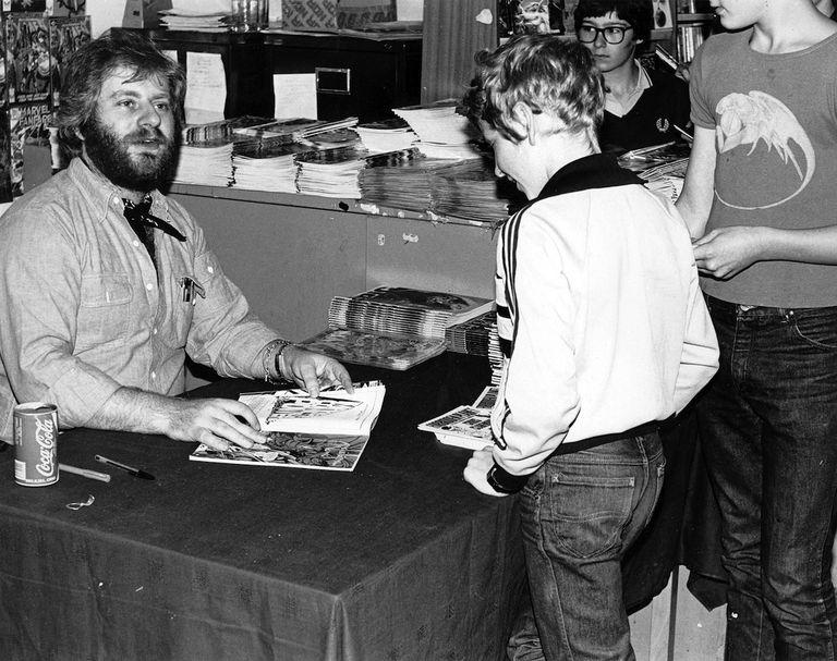 Chris Claremont signing