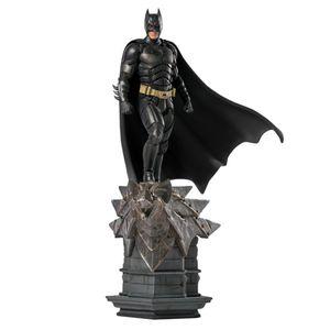 [Dark Knight: Art Scale Statue: Batman (Product Image)]