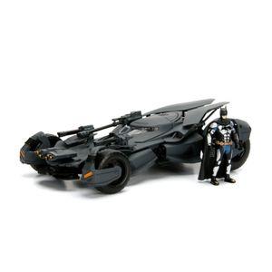 [Justice League: 1:24 Scale Die Cast Statue: Batmobile With Figure (Product Image)]