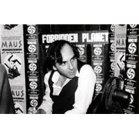 [Art Spiegelman signing Maus (Product Image)]