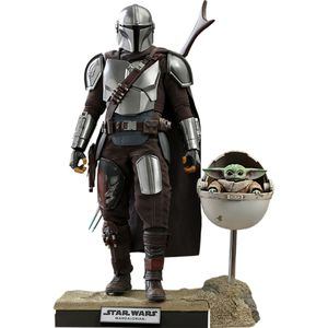 [Star Wars: The Mandalorian: Hot Toys Action Figure: The Mandalorian & The Child (Deluxe Edition) (Product Image)]