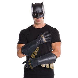 [Batman Vs Superman: Batman: Gauntlets (Product Image)]