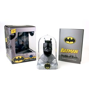 [DC: Batman: Deluxe Book & Cowl Kit (Hardcover) (Product Image)]