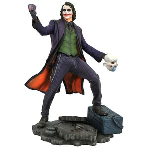 [Batman: Dark Knight: DC Gallery PVC Statue: Joker (Product Image)]