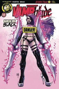 [Vampblade: Season 4 #1 (Cover B Brao Risque) (Product Image)]