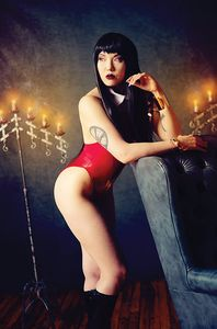 [Vampirella: Valentines Special (One Shot Cosplay Virgin Variant) (Product Image)]