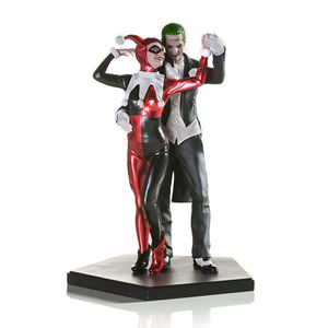 [Suicide Squad: Deluxe Statue: Harley Quinn & The Joker (Product Image)]