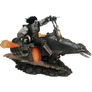 [DC: Gallery Deluxe PVC Statue: Lobo (Product Image)]