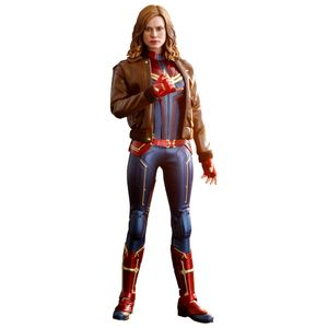 [Captain Marvel: Hot Toys Action Figure: Captain Marvel (Deluxe Edition) (Product Image)]