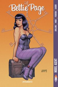 [Bettie Page: Volume 2: Model Agent (Product Image)]