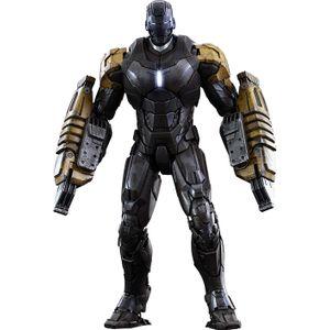 [Iron Man: Hot Toys Deluxe Action Figure: Iron Man 3: Mark XXV Striker Armour (Product Image)]