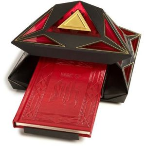 [Star Wars: Book Of Sith: Secrets From The Dark Side (Vault Edition) (Product Image)]