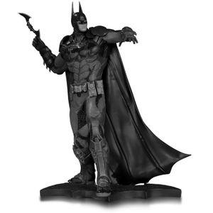 [Batman: Statue: Arkham Knight Batman (Product Image)]