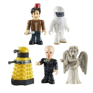 [Doctor Who: Character Building Micro Figure Display Brix: 5 Figure Pack (Product Image)]