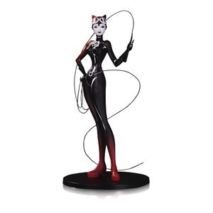 [DC: Artists Alley Statue: Catwoman (Product Image)]
