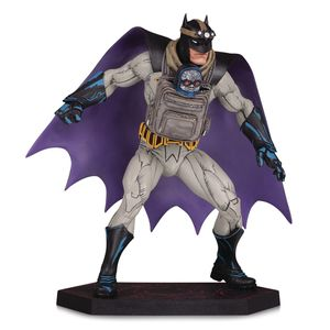 [Dark Knights Metal: Statue: Batman & Baby Darkseid (Product Image)]