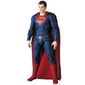 [Justice League: Action Figure: Superman (Product Image)]