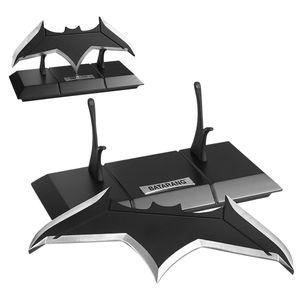 [Justice League: Prop Replica: Batarang (Product Image)]