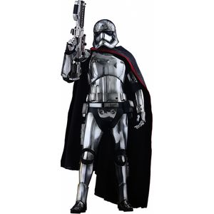 [Star Wars: The Force Awakens: Hot Toys Deluxe Action Figure: Captain Phasma (Product Image)]
